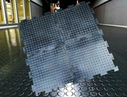 Армированная резиновая плитка для промышленного пола